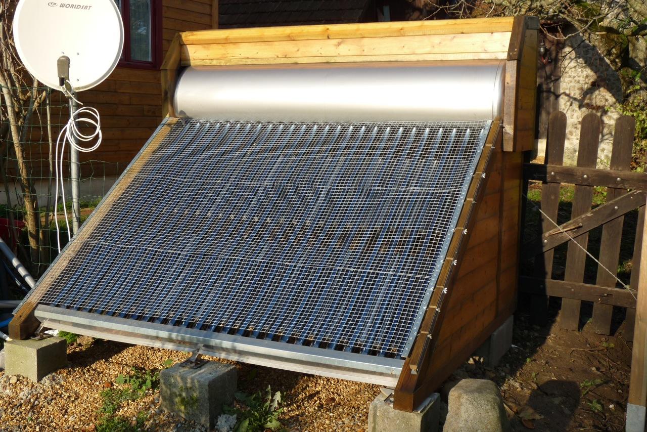 Chauffe eau solaire par thermosyphon ballon solaire for Chauffe piscine solaire maison